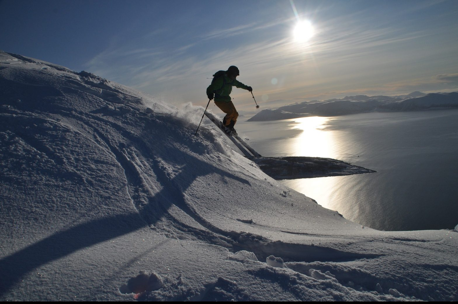 https://pixabay.com/de/ski-skitour-alpin-norwegen-lyngen-2341562/