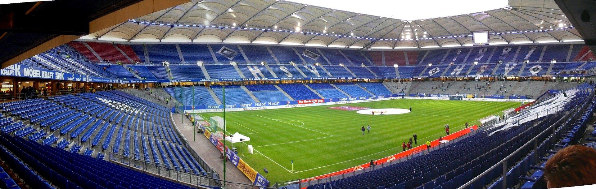 Fußball: Euphorisierter Hamburger SV startet in die Zweitliga-Saison