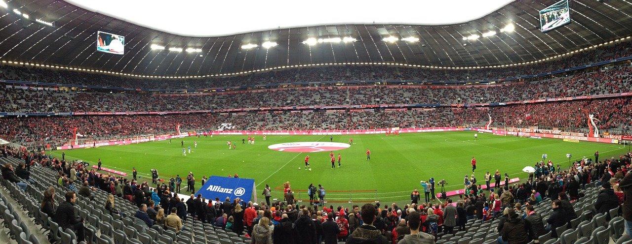 Fußball: Gegen Liverpool ist Lewandowski gefordert