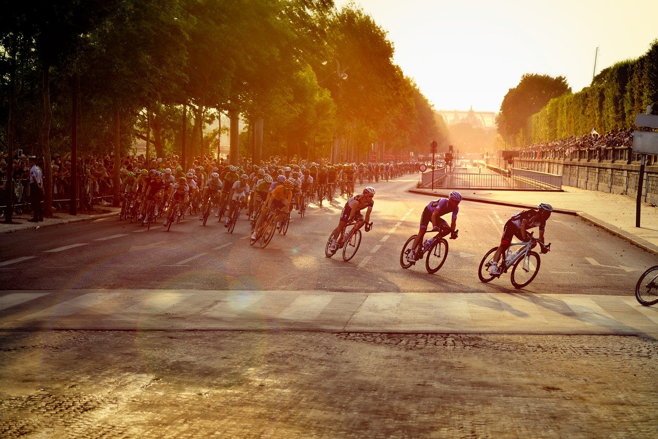 Tour de France: Schnee, Spannung, Staunen