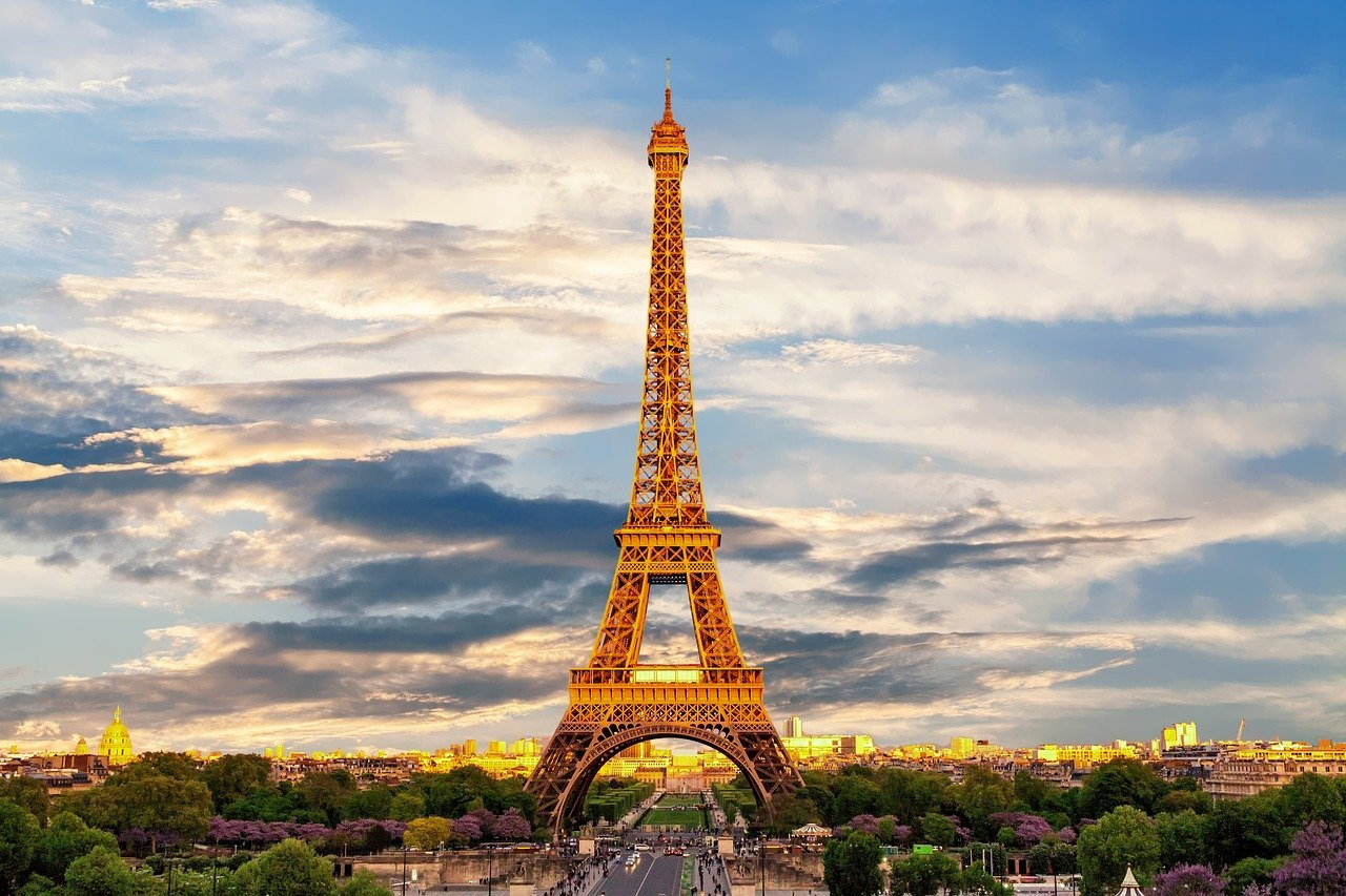 https://pixabay.com/de/photos/eiffelturm-paris-frankreich-reisen-3349075/