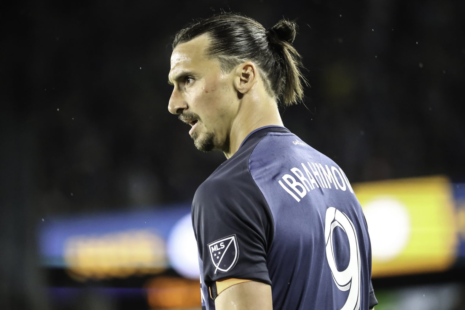 """Andy Witchger (https://commons.wikimedia.org/wiki/File:Zlatan_Ibrahimovic_LA_Galaxy_MLS_Soccer_(47640670062).jpg), """"Zlatan Ibrahimovic LA Galaxy MLS Soccer (47640670062)"""", https://creativecommons.org/licenses/by/2.0/legalcode"""