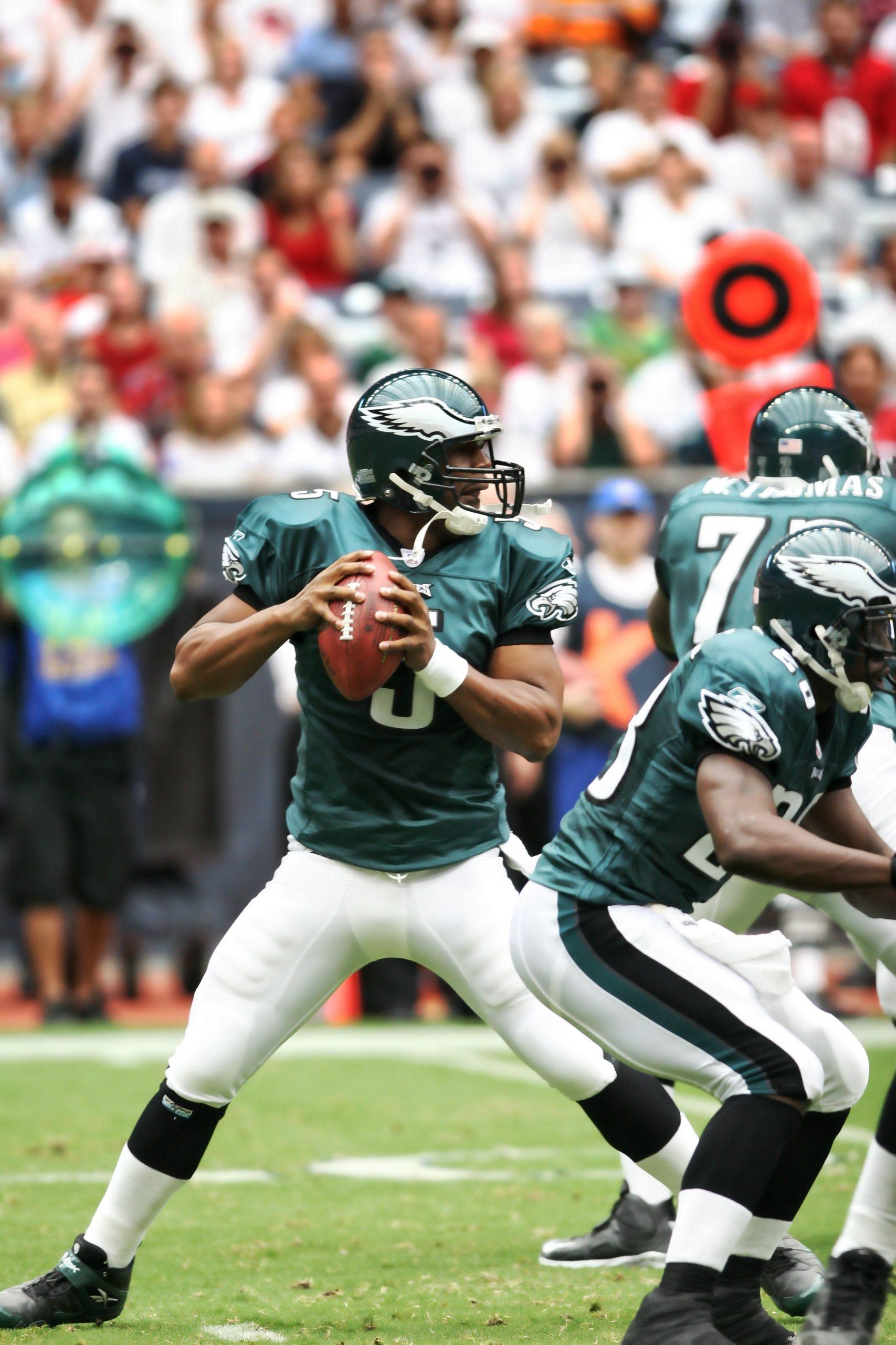 https://pixabay.com/de/photos/fu%C3%9Fball-professional-quarterback-1559924/