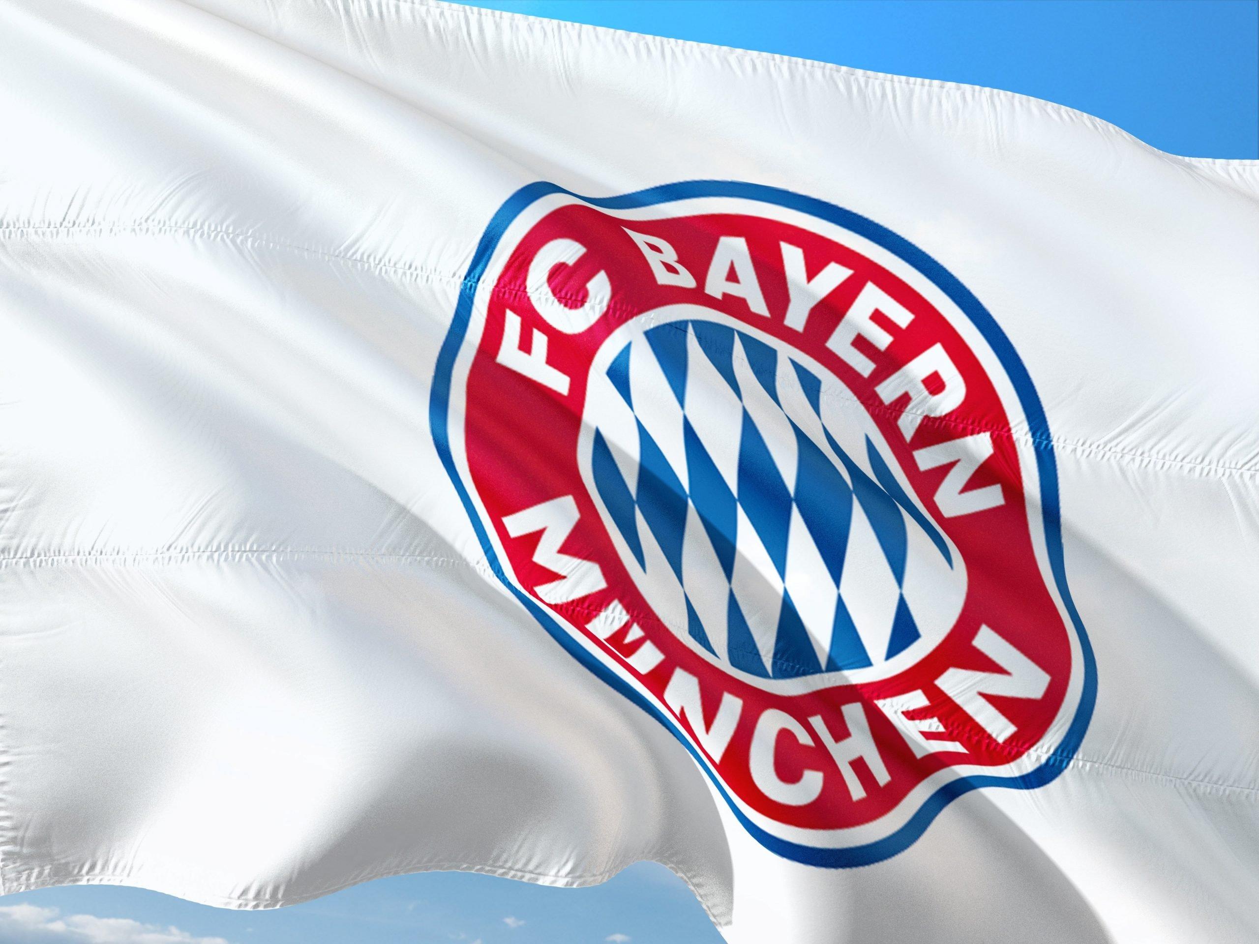 https://pixabay.com/de/photos/fu%C3%9Fball-soccer-europe-europa-uefa-2697618/?download